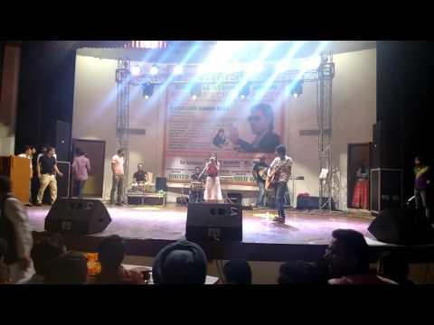 MASHUP live prformnce by amisha negi 2015