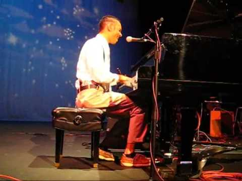 Andrew DeBarge - I Call Your Name LIVE in Las Vegas