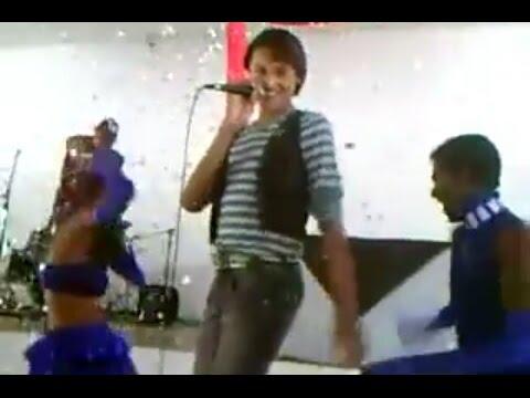 Pabllo Vittar Antes da fama | Cantando When love takes over | - YouTube