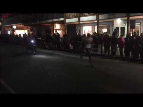 Senior School Girls Race In Front Street Mile, January 13 2017