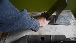 Как резать трубы электросваркой(В этом видео я покажу как вырезать отверстие в трубе и как резать пластины электросваркой., 2014-10-15T06:11:44.000Z)