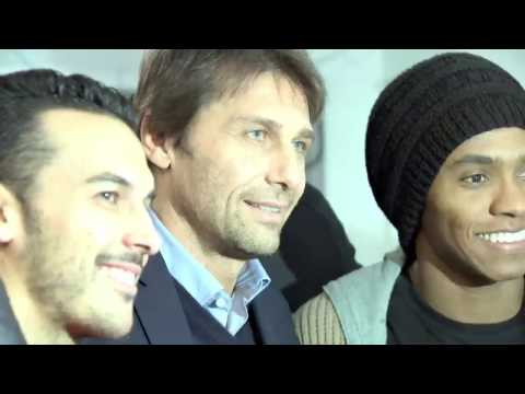 antonio-conte-and-his-team-left-young-blues-fans-smiling-after-surprise-childrens-hospital-visit
