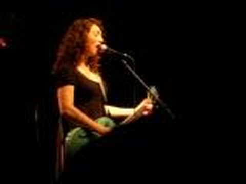 Regina Spektor - Bobbing For Apples LIVE in Tel Aviv