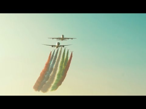 Flyover at the 2018 Formula 1 Abu Dhabi GP with Etihad's A380 and 787 Dreamliner