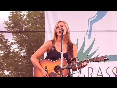 "Bearfoot Featuring Nora Jane Struthers ""The Dust"" 7/20/12 Grey Fox Bluegrass Festival Oak Hill, NY"