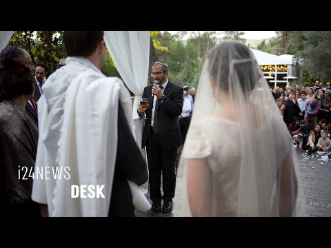 Rising Number Of Israelis Marry Outside Of Rabbinate In Protest