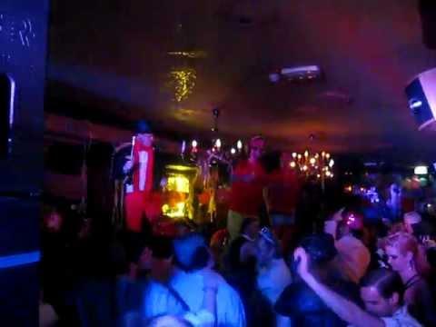 DJ De la Peña - Gas op die lollie! (@Colonie Breda Carnaval 2012)