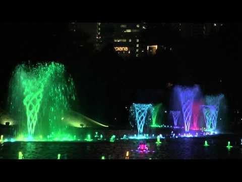Lake Symphony Water Fountain Light Show Kuala Lumpur (Petronas Towers)