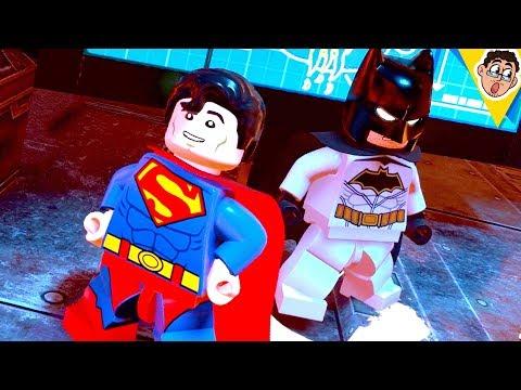 O BATMAN TEM PREPARO EM LEGO DC Super Villains ?