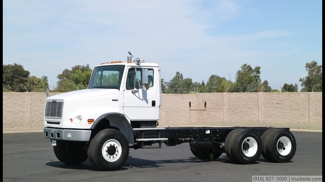 2000 Freightliner FL112 6x6 Cab & Chassis
