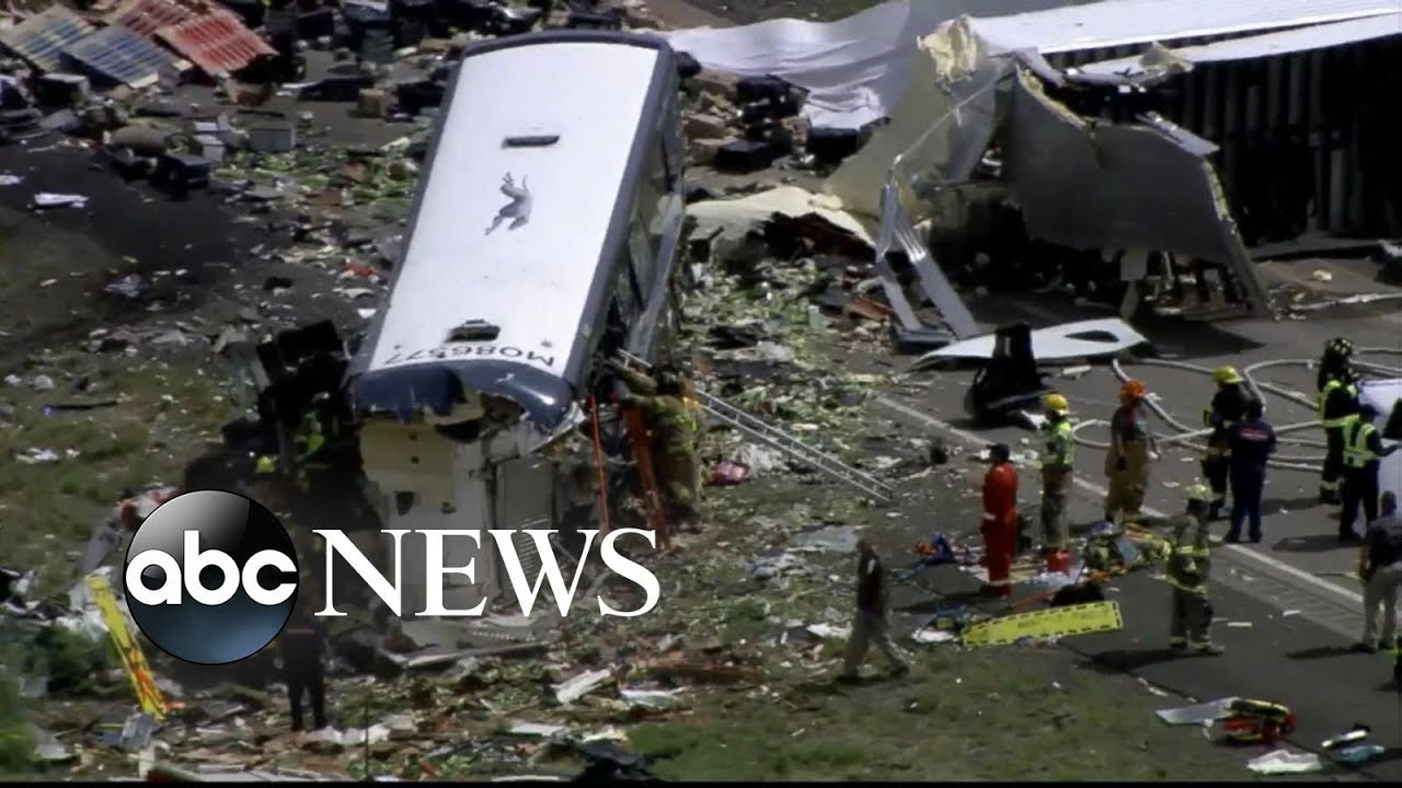 Multiple fatalities confirmed after bus crashes on NM highway