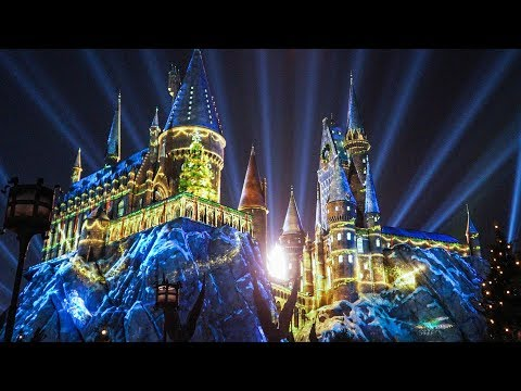 """Download Youtube: FULL """"The Magic of Christmas at Hogwarts"""" Harry Potter projection show, Universal Orlando"""