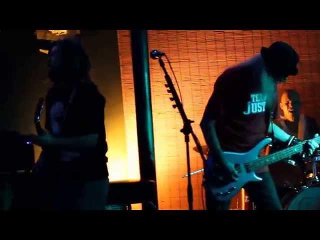 Adamu Tyler live at Taps 8 16 2014
