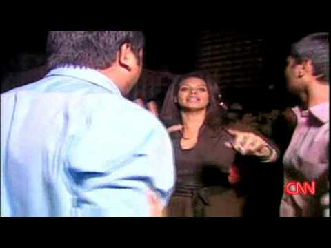 Angry Indian Crowd Gets Hostile with CNN Reporter Sara Sidner in Mumbai, India after Muslim Terror Attacks