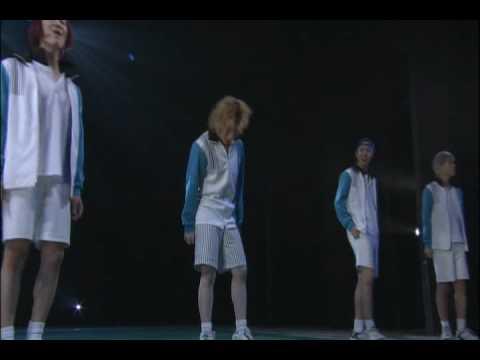 凱旋DVDより。M-18 ワッシーは歌詞を変えて歌ってます^^ 和樹さんと工さん、帰ってきてくれてありがとうございます!