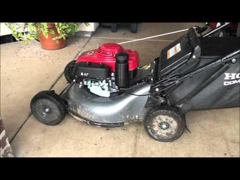 Honda Lawn Mower HRR2162SDA runs high and low rpm | FunnyCat.TV