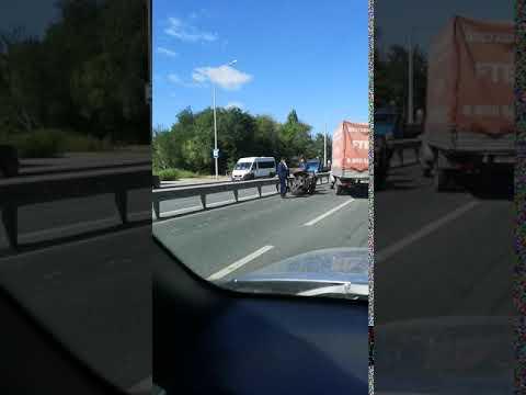 В Самаре квадроцикл врезался в КамАЗ на Красноглинском шоссе