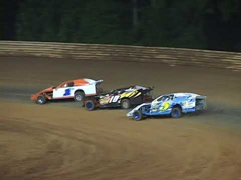 A LOOK BACK:  Virginia Motor Speedway Modifieds May 19, 2012