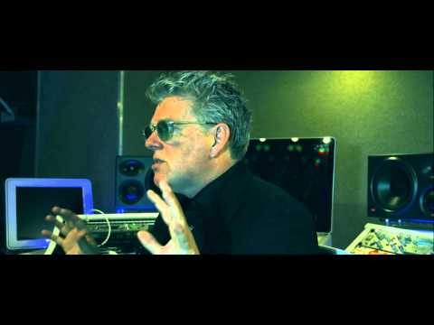 Thompson Twins Tom Bailey 2015 Video