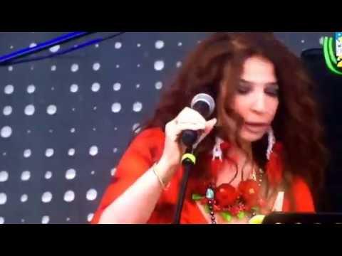 Teresa canta Pino con HER