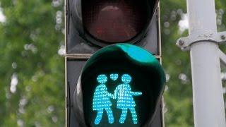 Своими глазами: светофоры для геев и лесбиянок в Вене (4K)