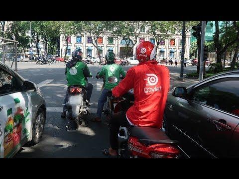 Giữa lúc Grab bị than phiền vì dịch vụ tệ, một ứng dụng xe đã kịp nhảy vào thị trường Việt