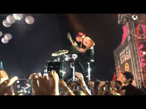 twenty one pilots - Semi-Automatic - Josh Dun Drum Solo Live Pinkpop 2014