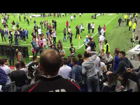 Olympique Lyonnais - Besiktas - Parc OL - 13 avril 2017 - Incidents en tribune et terrain