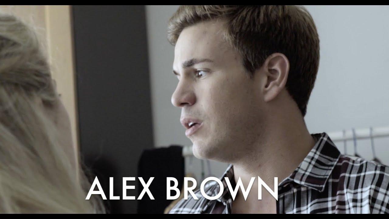 Spanish Showreel - Alex Brown