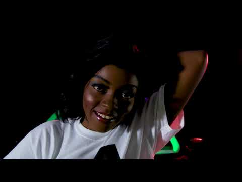 DOWNLOAD: Waliy AbouNamarr – ALKAREEM [Official Music Video] Mp4 song
