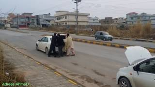 Live kidnap in pakistan from lolly pop group