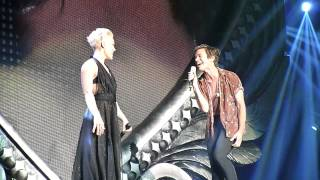 P!nk feat. Nate Russ - Just give me a reason live in Hamburg am 01.05.2013