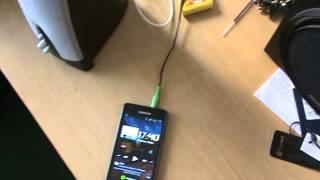 Колонки с питанием от аккумулятора или USB(Колонки Genius, провод USB, аккумулятор, с помощью несложных действий получили переносные колонки., 2014-05-06T16:25:56.000Z)