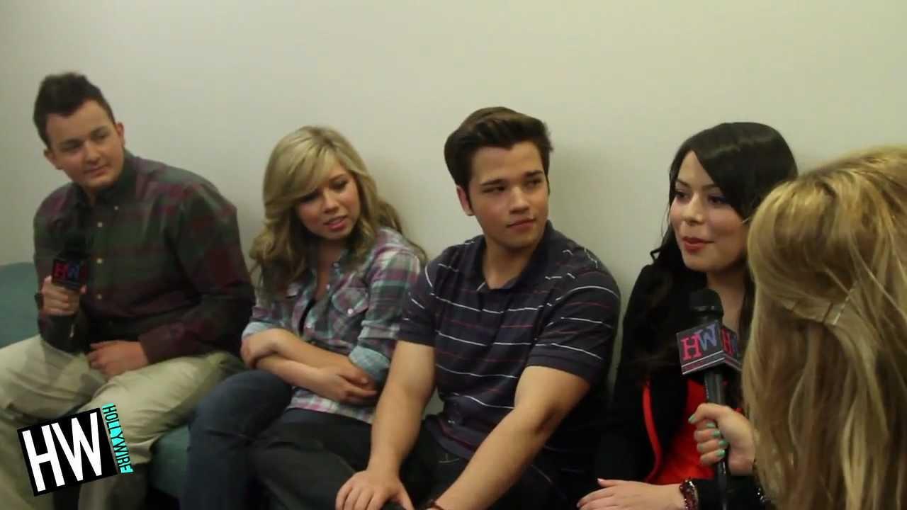 I Carly Cast: ICarly Cast Talks Emma Stone & Final Episode