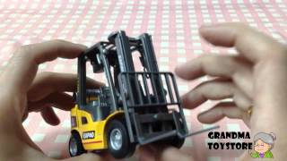 Unboxing Toys Review - Warehouse Crane Unboxing Review - Metal Detail With Adjustable Flat Bed