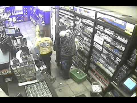Sheriff's Deputies seek Circle K cigarette thieves