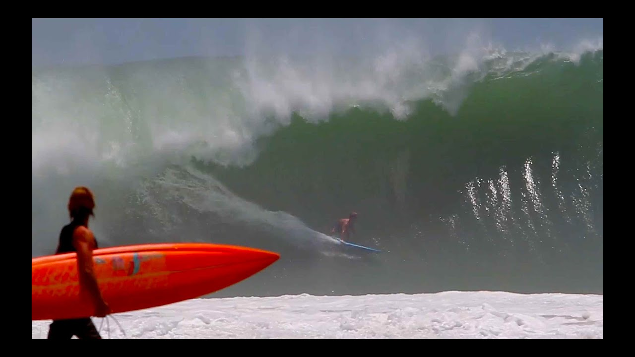 Surfing Massive Waves In Puerto Escondido Youtube