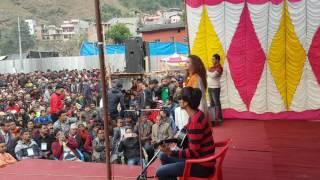 गुल्मीको शान्तिपुरमा रेखा थापाले गाउन खोज्दा सुर खुस्कियो #Rekha Thapa Singing on the stage.