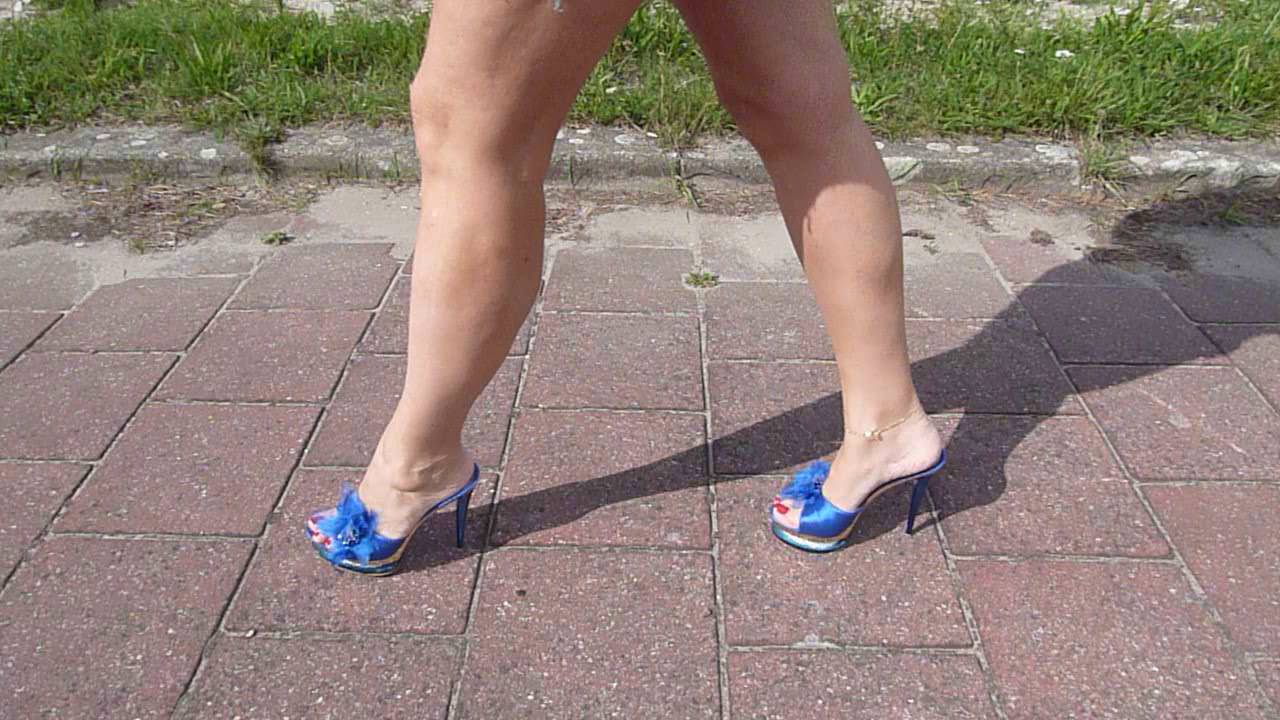 Mature Feet In Mules 3