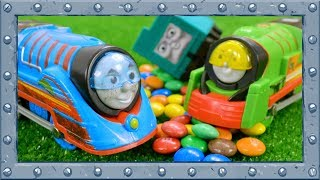 Few or Many? Thomas or Percy? Opposites with Thomas and Friends!