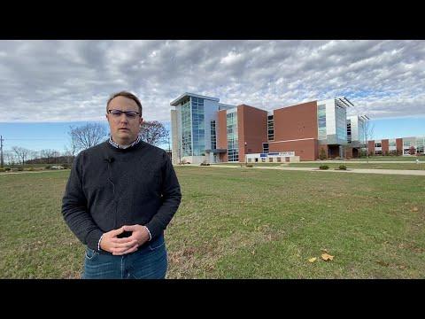 The Real World with Derek- Vincennes University Campus Tour
