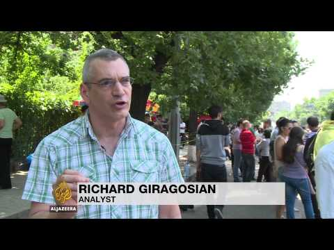 Armenians wary of Russia's role in ongoing protest