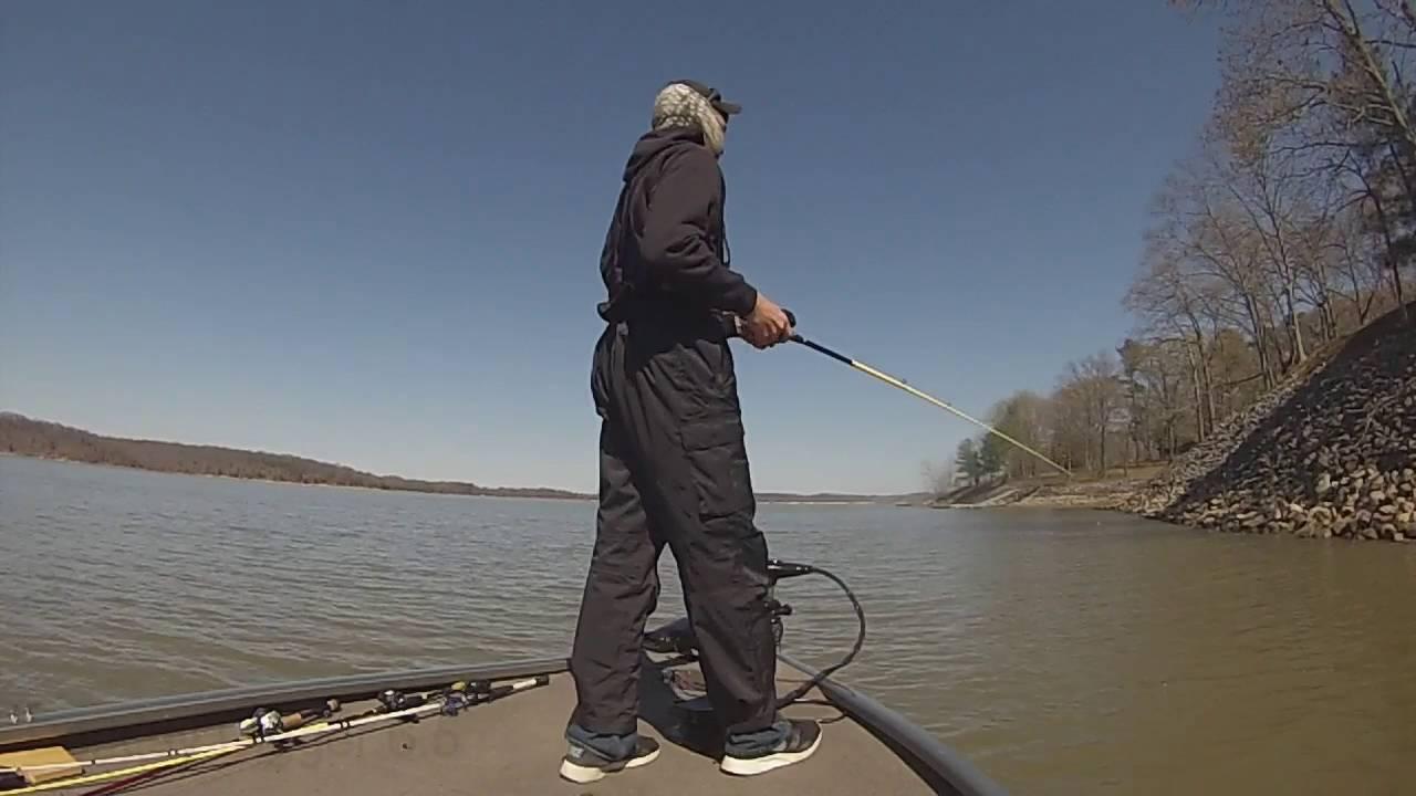 Kentucky lake pre spawn bass fishing 2016 youtube for Ky lake fishing report jonathan creek