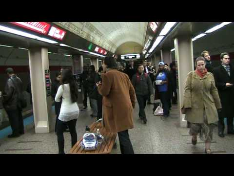 Chicago Opera Theater: Pop-Up Opera on the Red Line, November 17, 2009