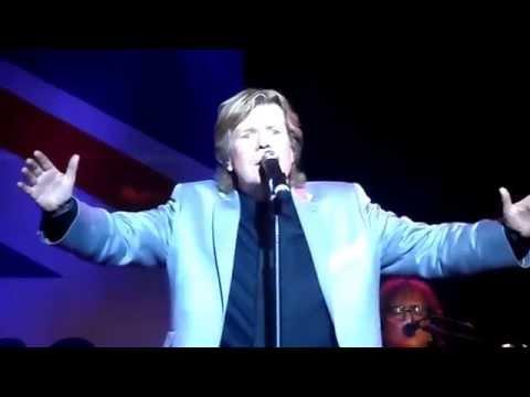 Herman's Hermits Starring Peter Noone Live - Listen People 2014