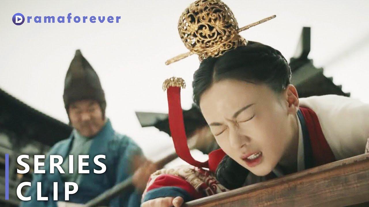 Download 大反转!灰姑娘故意激怒公主被罚20大板!心机女趁机收买人心,殊不知灰姑娘掌控全局一下子除掉所有后患!| 皓镧传Legend of Hao Lan