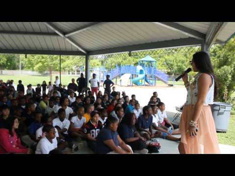 Houston Entrepreneurs Speak and Perform at Garden Villas Elementary School