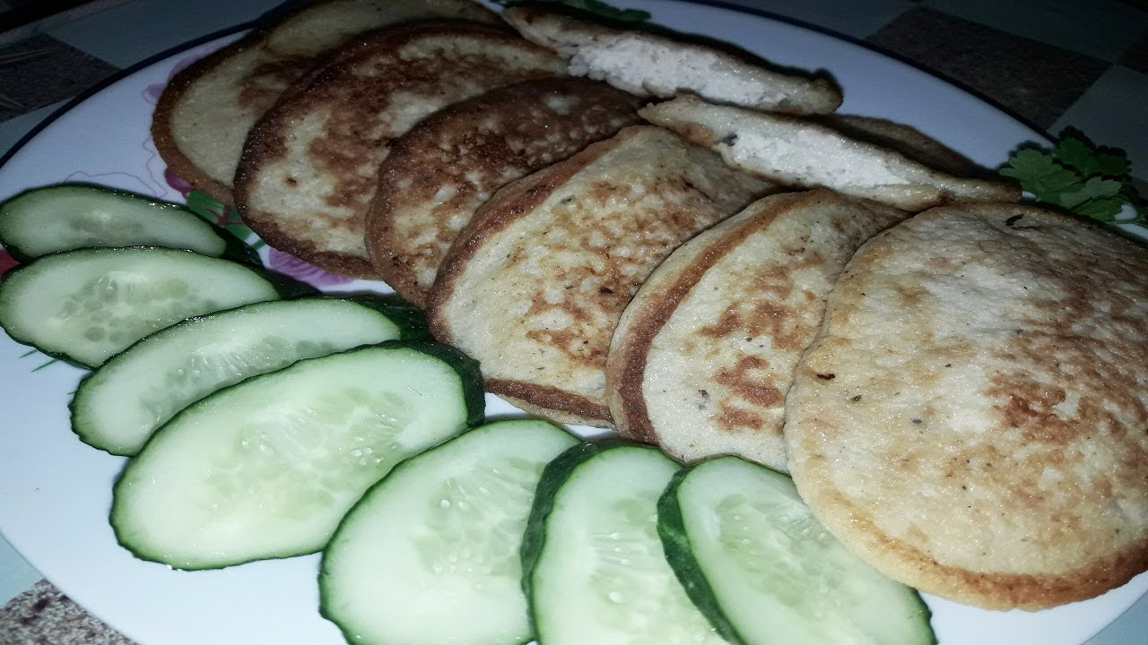 Оладьи из кабачков и фарша являются более жирными, нежели чисто овощные.