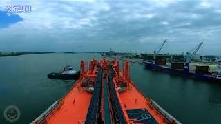 Berthing LPG Ship [Bridge View Video] seen by Pilot and Master. Ship maneuvering techniques.