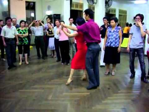 Khiêu vũ Rumba lop 4, bài .2_Quốc Cường & Trâm Anh